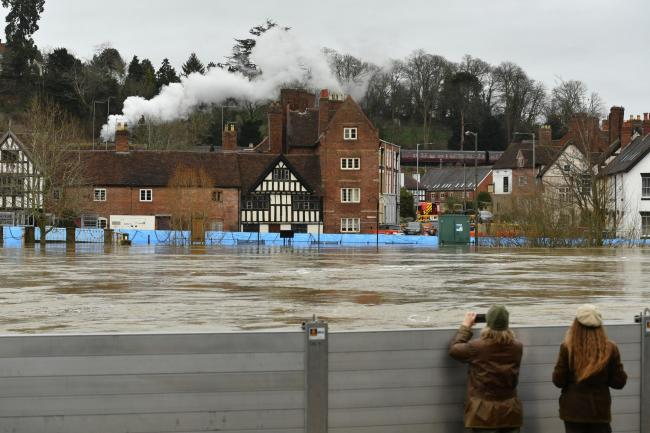 FOOD: Floodwatchers in Bewdley. Pic. PA