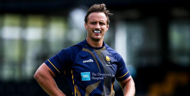 SERVICE: Anton Bresler is playing his 50th game for Warriors. Pic. Worcester Warriors
