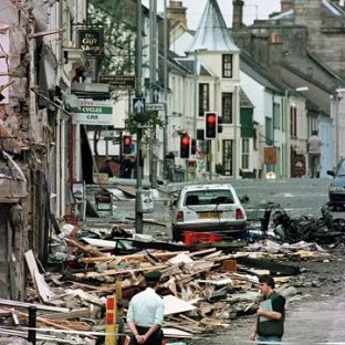 A new investigation must be set up to examine whether the state withheld vital intelligence from detectives hunting the Omagh bombers