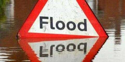 Flood warning s have returned across Worcestershire as bad weather continues to batter the county