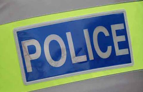 Crash closes A449