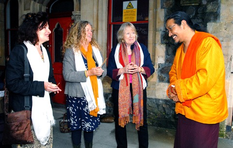 BLESSING: Naomi Levine, Lesley Rhodes and Geraldine Burston welcome Chödpa lama Ngagpa Rinpoche on his visit to Malvern. Picture by Paul Jackson. 38135801.
