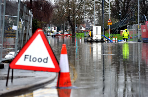 Motorists benefit as flood levels fall