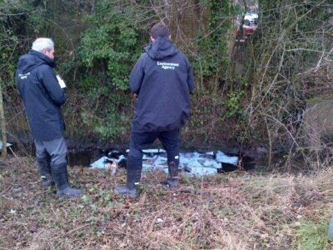 Oil found in stream in Malvern. Picture: Dave Throup, Environment Agency
