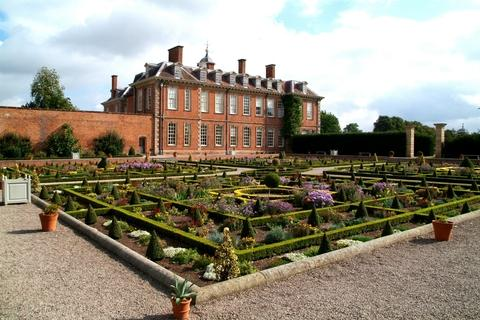 Hanbury Hall to show hidden areas