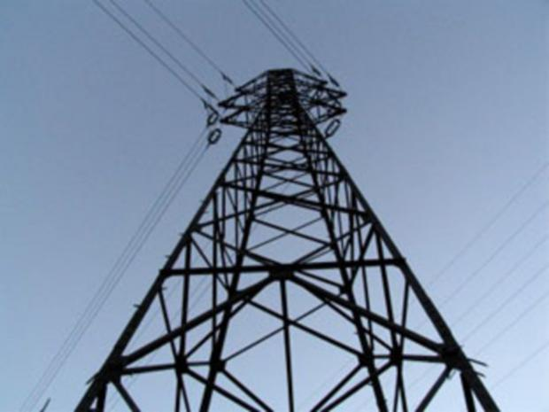 Cable fault causes power cut to hundreds of homes
