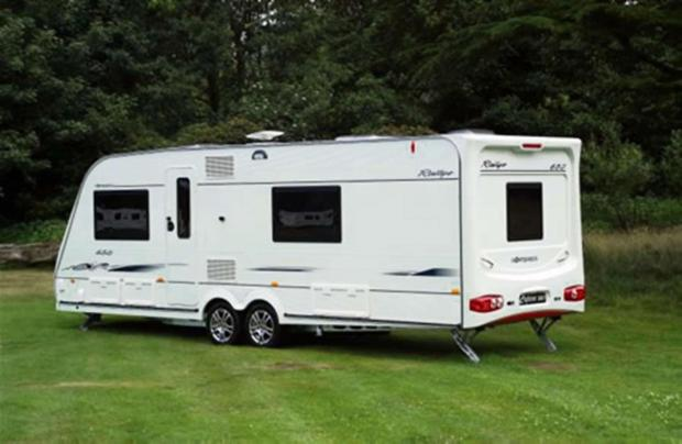 Motoring bodies have issued advice on how to avoid the dangers of towing caravans and trailers