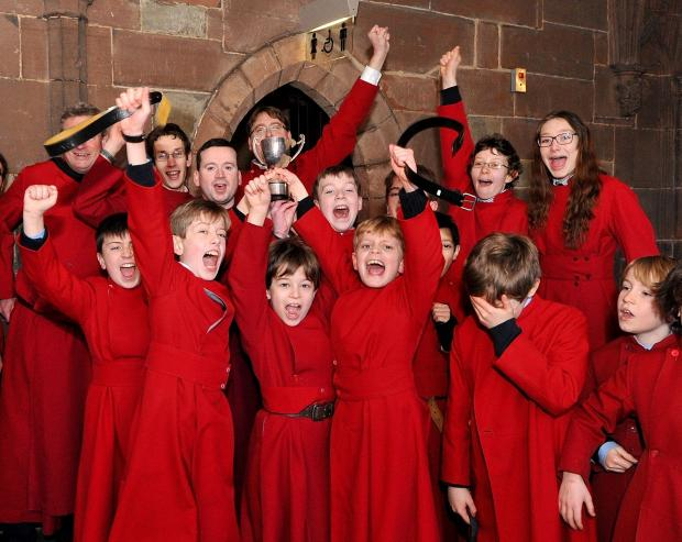 Malvern Gazette: Worcester Cathedral Choir Annual Pancake Races around the Cathedral Cloisters on Tuesday. Picture by John Anyon 10145353