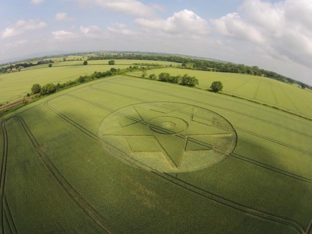 The crop circle has appeared in a field near Pershore, photographed by Nigel Pritchett.
