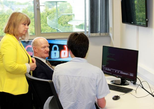 VISIT: MP Harriett Baldwin on Malvern Science park with former scienc