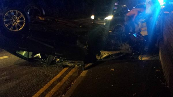 Picture: Car overturns after crashing into lamppost in