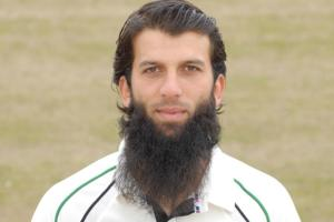 Moeen in fine form to boost England
