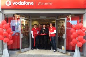 Mayor calls in to open phone shop