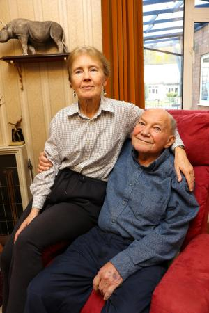 Malvern Gazette: Derek Francis and his wife Sue. Mr Francis has died at the age of 91