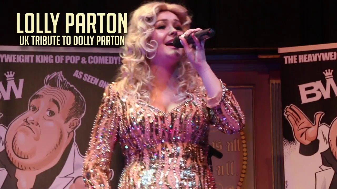 Lolly Parton in full flow