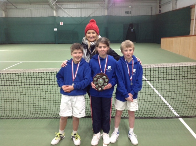 Manor Park Tennis Club's Sam Laidler, Bethany Pye and Sam Cassidy with coach Natalie O'Brien. Picture: JANE POYNDER