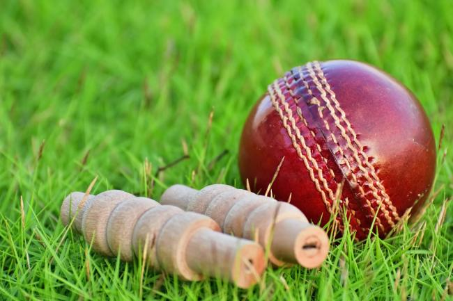 Cricket: Top FIVE all wiped out for ducks